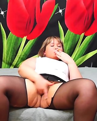 plump woman pantyhose, smokes and masturbates. orgasm, hairy pussy