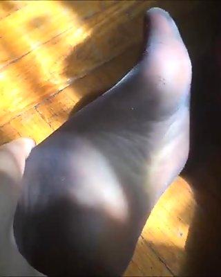 pantyhose feet clips