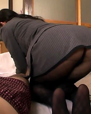 Slutty Japanese lady in stockings needs to ride a big cock