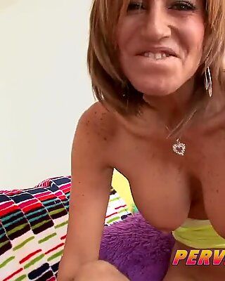 PervCity mummy and daughter-in-law ass-fuck Threesome