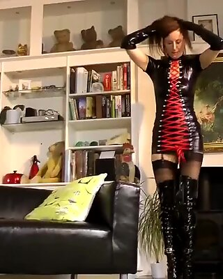 Doggystyled british mature getting creamed