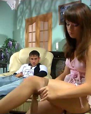 Jessica&Govard pantyhose sex scene
