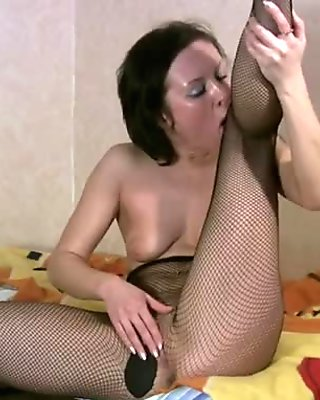 Spoiled wanker Madlena goes solo and stimulates her clit joyfully