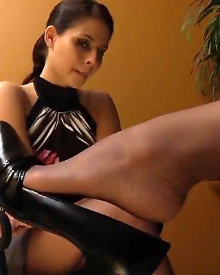Pantyhose lesbian sniff 1