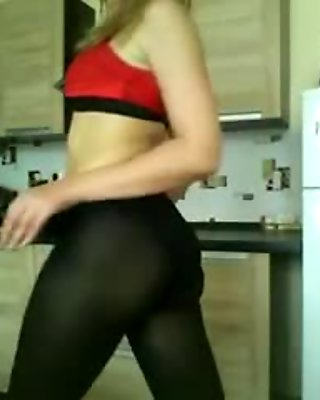 Me and my pantyhose (part 1)