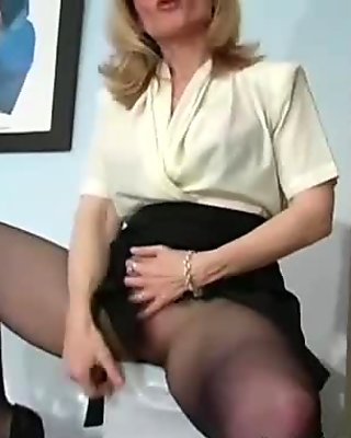 Hairy pussy in black tights