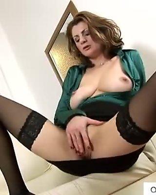 Deep milf  pussy penetration