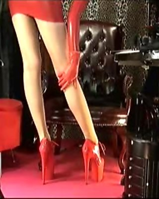 Blonde wig, pantyhose & red latex with Mistress Vivian