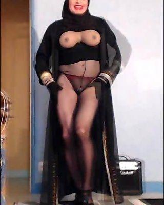 sexy beurette en hijab