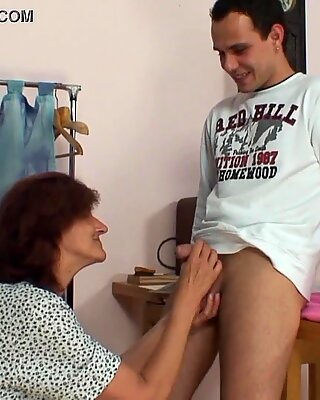 Sewing old granny swallows customer'_s cock