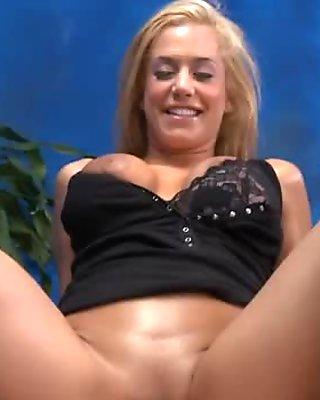 stunner in pantyhose sucks dick movie