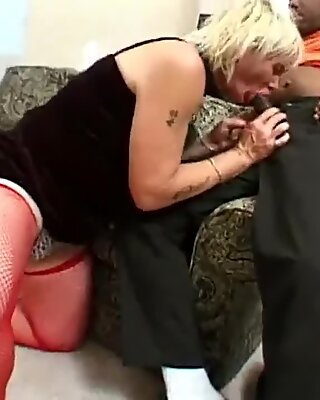 Gumjob Super Sucking vs Super Sucking