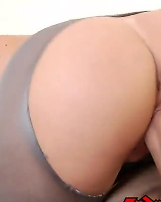I see your bush showing through your pantyhose and it's too