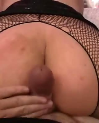 Blond haired voracious MILF with fat shapes gives a head