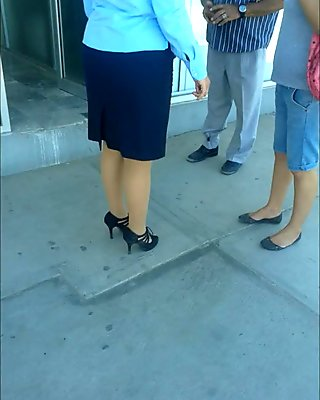 pantimedias en bancomer  pantyhose in the bank