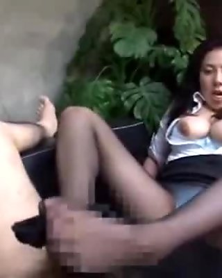 Office Lady In Pantyhose Giving Blowjob For Guy On The Couch In The Office