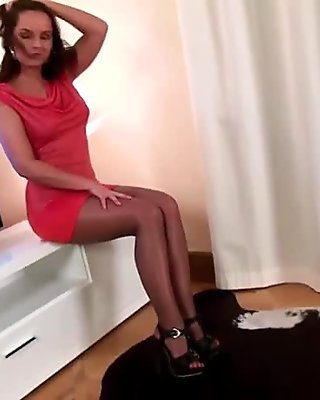 gloss pantyhose red dress