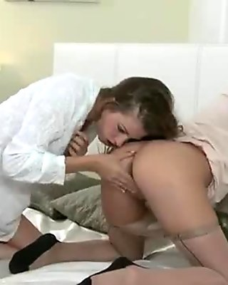 Lesbians oral sex through pantyhose