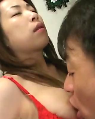 Lucky slave gets to lick his sexy mistress&rsquo_ tits and pussy