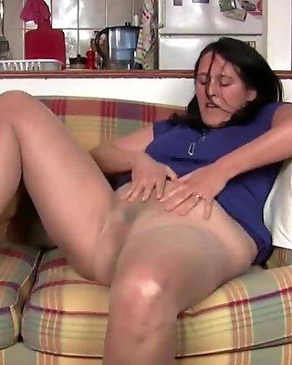 Pantyhosed milfs need a pussy rub