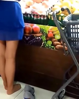 Candid asian nylons feet and legs at market pantyhose