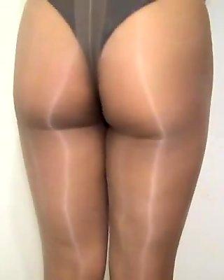 crossdresser pantyhose and panties 015