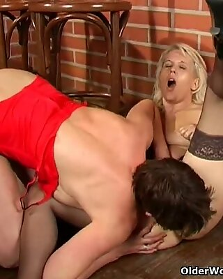 Lesbian grannies licking each other (long version)