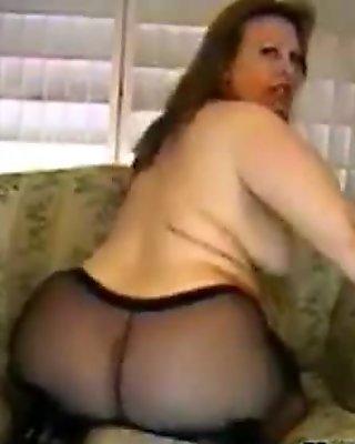 Big Cam Slut With Black Pantyhose On