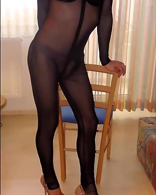 Pantyhose, nylons, high heels pics mix