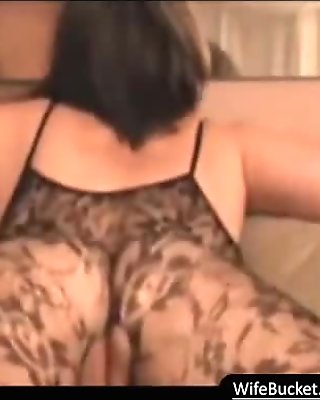 MILF in pantyhose homemade sex tape