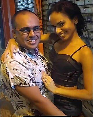 tudo que acontece por tr&aacute_s dos bastidores nos filmes porno com alice lemes