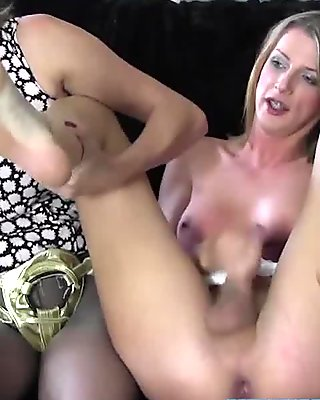 Bbw lesbo in pantyhose gets twat dildo fucked film