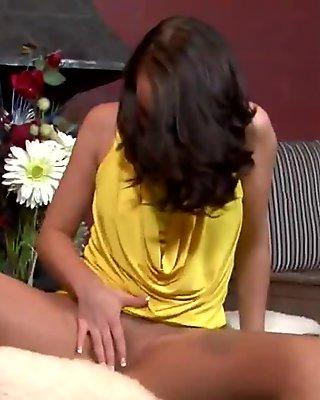 British babe loves her pantyhose