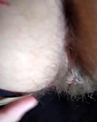 Fat guy fuck chubby girl with no condom in pussy