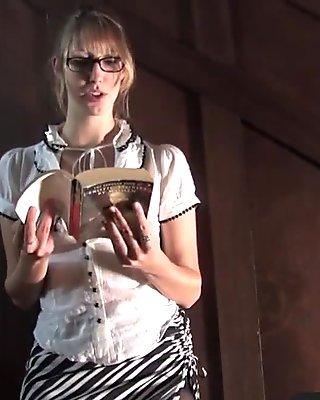 Stunning blondie loves literature and masturbation