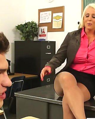 Superb babe in pantyhose Alura Jenson fuck