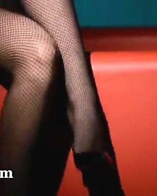graceful babe masturbating in pantyhose