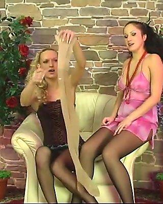 Lesbian pantyhose play