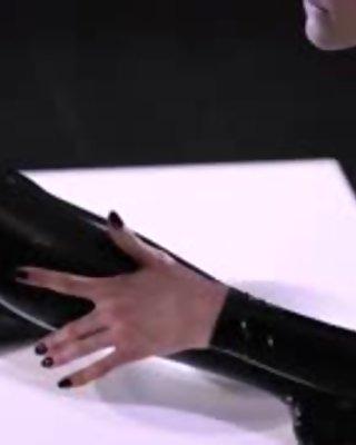 graceful pantyhose on strapon lesbians