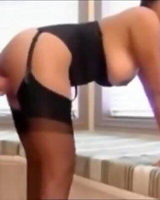 xporntubex.com - Sexy Indian MILF