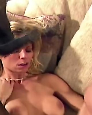 Hot blonde hot fuck