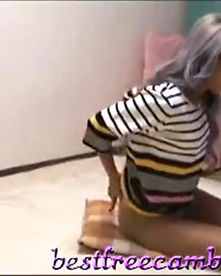 japanese babe mirano pantyhose