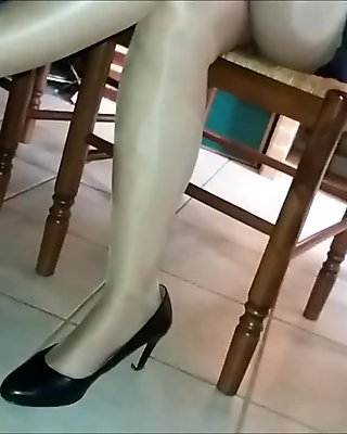 voyeur under table my stepsister's legs 1